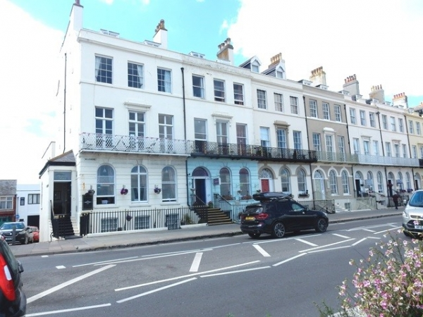 Guest House For Sale Weymouth 01 H243